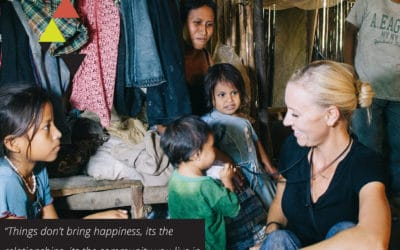 Recalibrating true happiness, the power of one, and the reciprocal effect of service   with Lauren Foulger of Humble Hilo (TLBP #31)